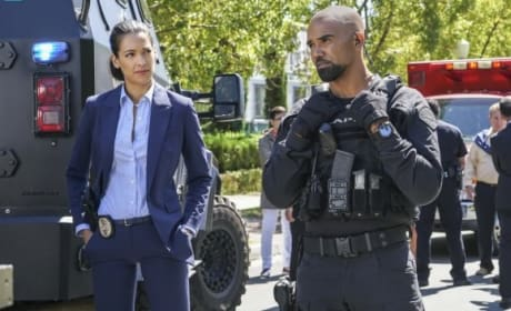 Supporting - S.W.A.T. Season 1 Episode 5