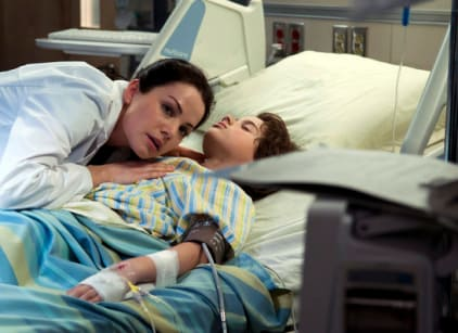 Watch Saving Hope Season 1 Episode 2 Online