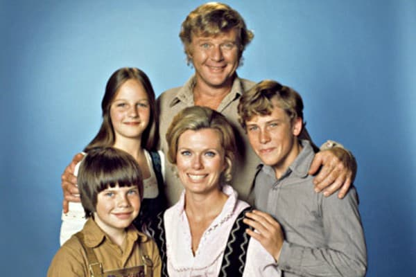 Swiss Family Robinson (1975)