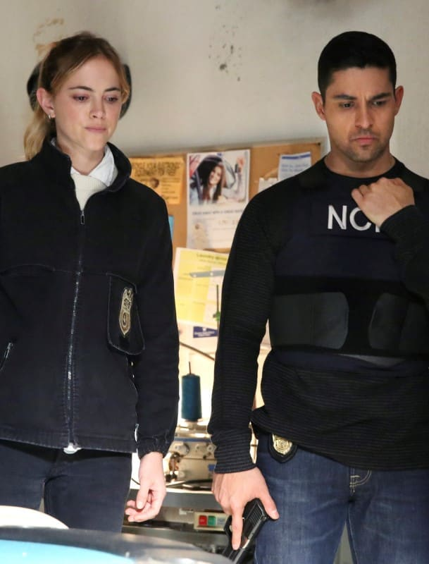 Ellie and Nick on the Scene - NCIS Season 16 Episode 16