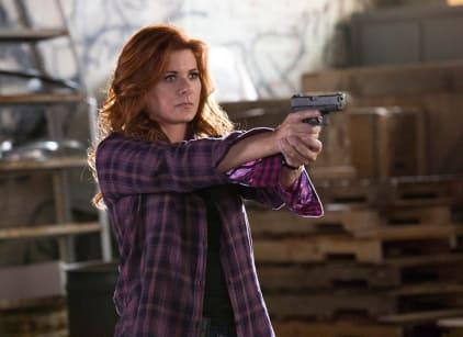 Watch The Mysteries of Laura Season 2 Episode 4 Online