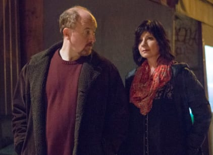 Watch Louie Season 4 Episode 8 Online