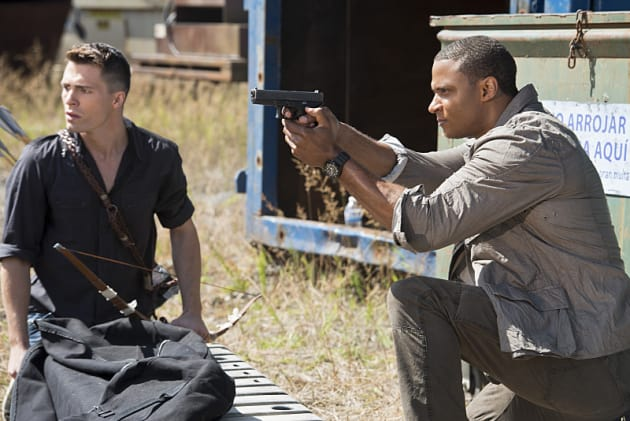 Roy and Diggle in the Fight - Arrow Season 3 Episode 3