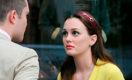 Ed Westwick and Leighton Meester on Set