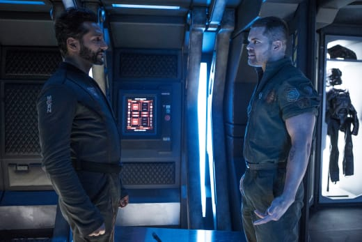 Amos and Alex Bicker - The Expanse Season 2 Episode 6