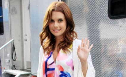 Joanna Garcia Spills on Gossip Girl Role