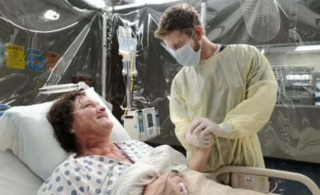 Saving an Acquaintance  - The Resident Season 2 Episode 12