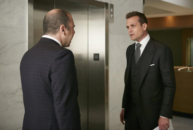Watch Suits Season 5 Episode 2 Online - TV Fanatic