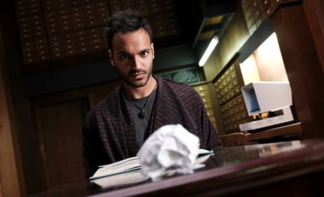 Move it with your mind, Penny - The Magicians Season 2 Episode 11