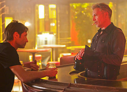 Watch Californication Season 5 Episode 12 Online