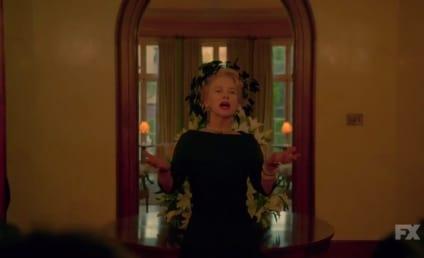 Watch Feud: Bette and Joan Online: Season 1 Episode 1