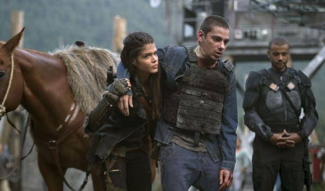 Octavia and Jasper - The 100