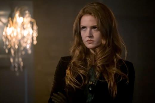 Ivy Has Had Enough - Gotham Season 4 Episode 2