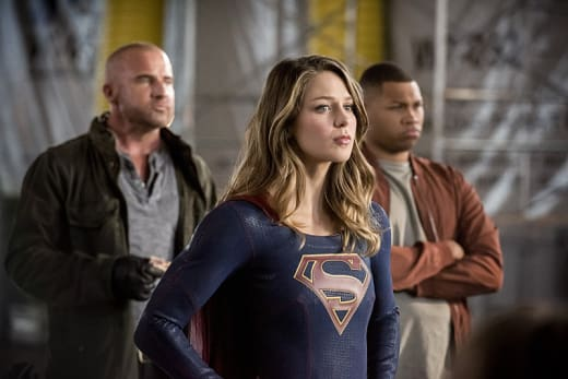 Supergirl and the Legends - The Flash Season 3 Episode 8