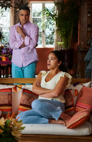 You Did What? - Jane the Virgin Season 5 Episode 5