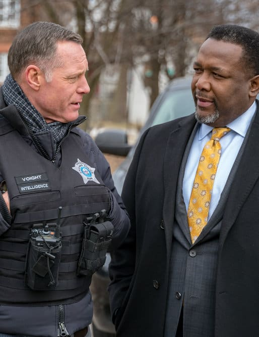 Ending the Bloodshed - Tall  - Chicago PD Season 6 Episode 18