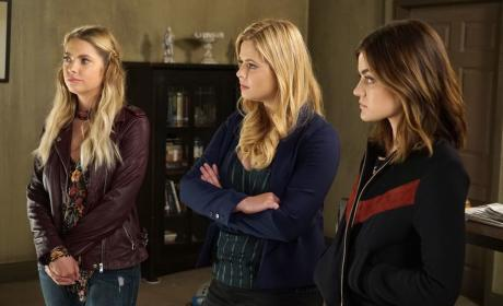 Gearing Up For Confrontation - Pretty Little Liars