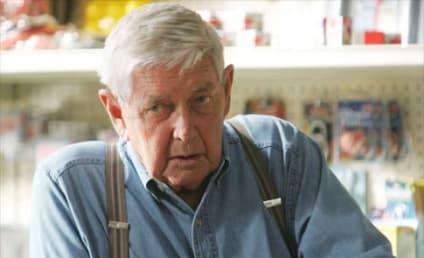 Ralph Waite Dies; Veteran TV Star Was 85
