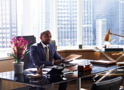 Watch Suits Season 7 Episode 3 Online