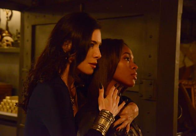 Carmilla Threatens Abbie - Sleepy Hollow Season 2 Episode 14