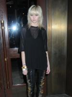 A Taylor Momsen Pic