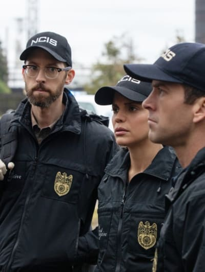 Avenging a Death - Tall - NCIS: New Orleans Season 5 Episode 11