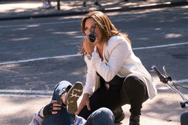 An Accidental Injury - Law & Order SVU - Law & Order: SVU Season 20 Episode 2