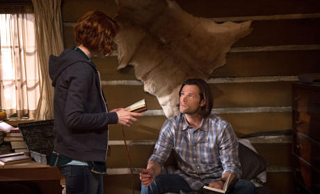 Charlie and Sam - Supernatural Season 10 Episode 18