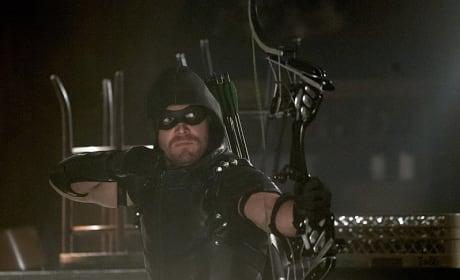 The Superhero Boyfriend - Arrow Season 4 Episode 2