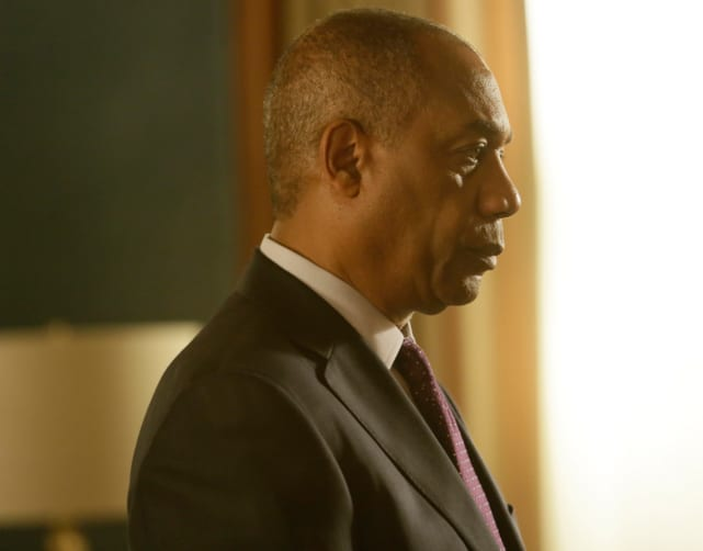 Papa Pope Means Business - Scandal Season 4 Episode 22