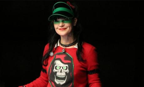 Abby Celebrates the Holidays - NCIS