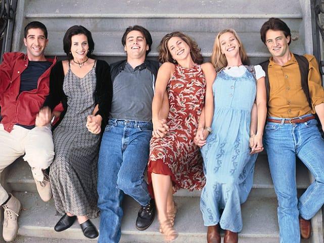 Friends cast photo