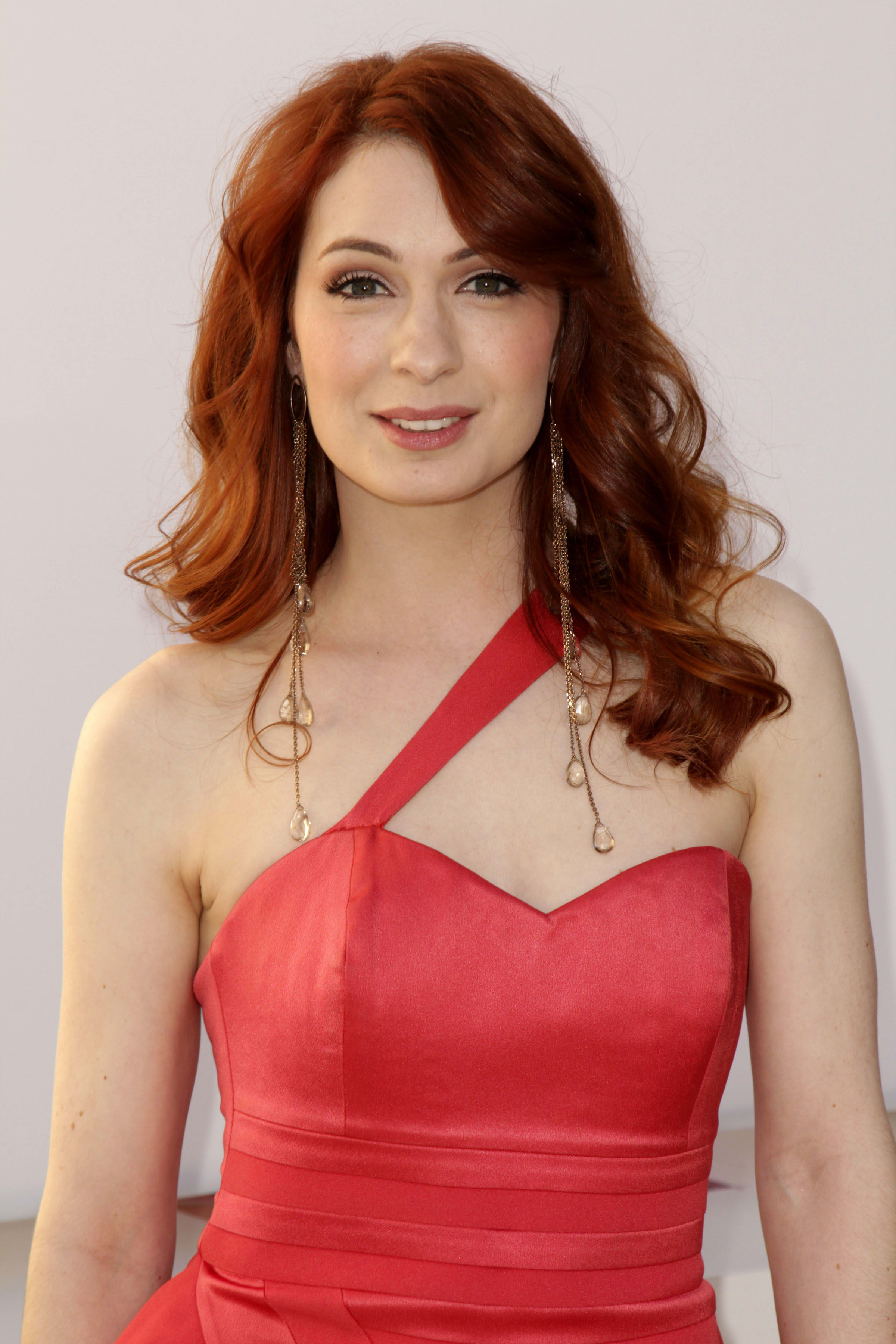 Felicia Day To Guest Star On Supernatural Tv Fanatic