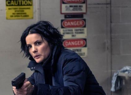 Watch Blindspot Season 2 Episode 16 Online