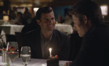 Will and Kevin at dinner - Nashville Season 5 Episode 2