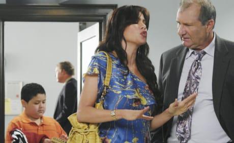 Gloria and Jay Discuss Manny
