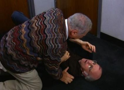Watch Curb Your Enthusiasm Season 4 Episode 1 Online