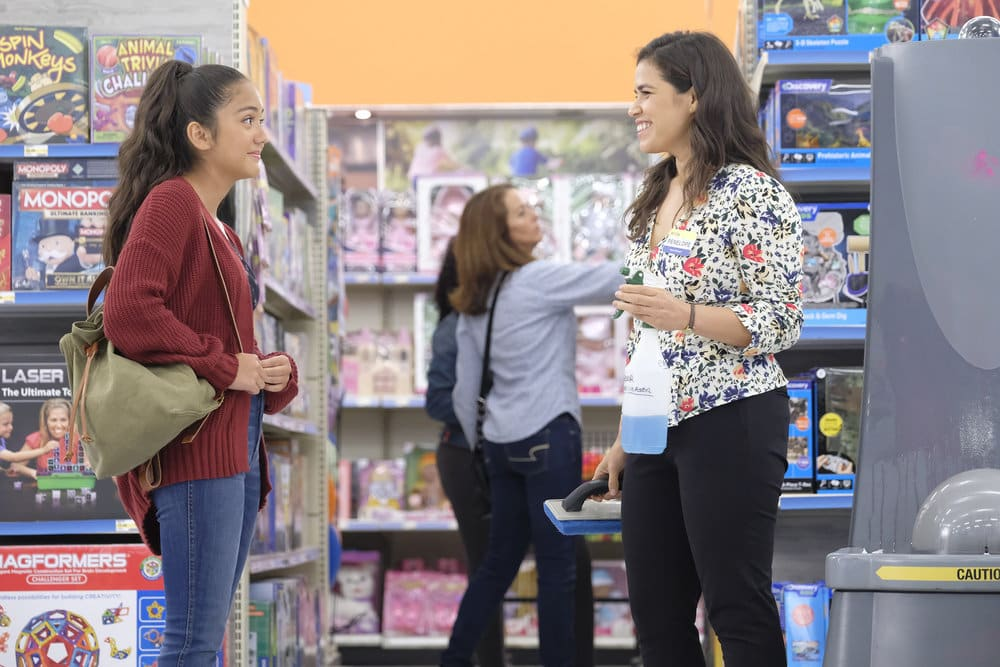 "not there to shop superstore - Superstore (S05E04-05) ""Mall Closing""/""Self-Care"""