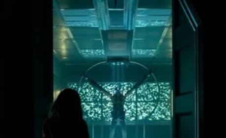 Laura Finds Her Man - American Gods Season 2 Episode 2