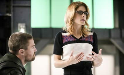 Arrow Series Finale: Emily Bett Rickards Returning!