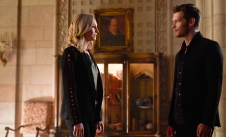 The Originals Season 5 Photos: Can Caroline Save Klaus From Himself?