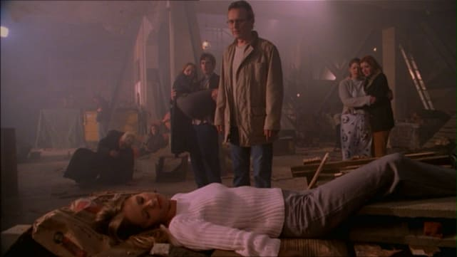 "Buffy the Vampire Slayer Season 5 Episode 22, ""The Gift"""