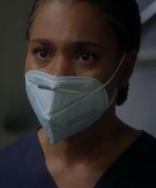 Worried Sister  - Grey's Anatomy Season 17 Episode 3