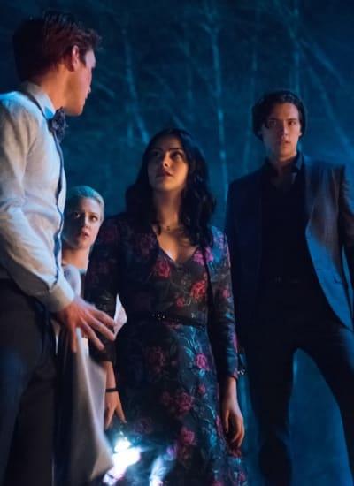 Mysterious Invite - Riverdale Season 3 Episode 22