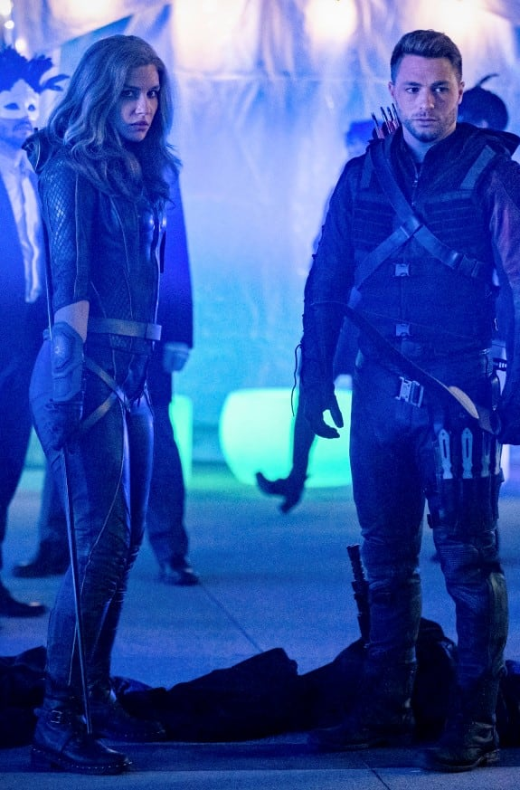 Dinah and Roy in the Glades - Arrow Season 7 Episode 16