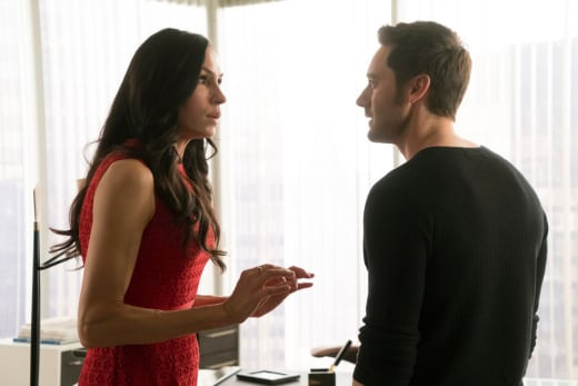 Mother and Son - The Blacklist: Redemption Season 1 Episode 7