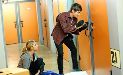 Pretty Little Liars: Watch Season 5 Episode 17 Online