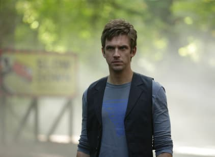 Watch Legion Season 1 Episode 4 Online