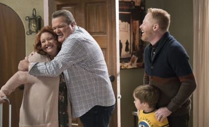 Watch Modern Family Online: Season 10 Episode 11