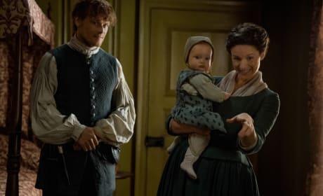 Hello Baby - Outlander Season 4 Episode 8